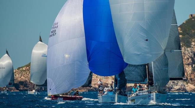 Torna il gavitello d argento spettacolo nel mare di punta ala - Bagno vela punta marina ...