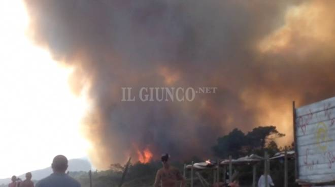 Incendio Roccamare luglio 2017