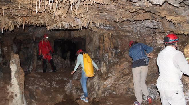 Grotta Punta degli Stretti speleologia