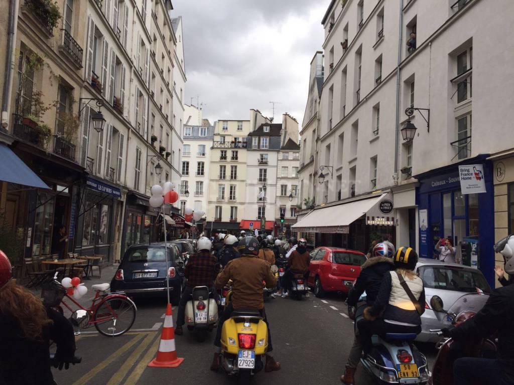 Vespa Parade Parigi 2017