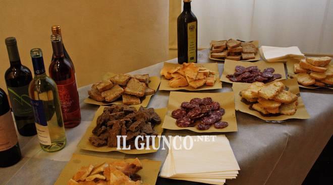 prodotti tipici vino salame