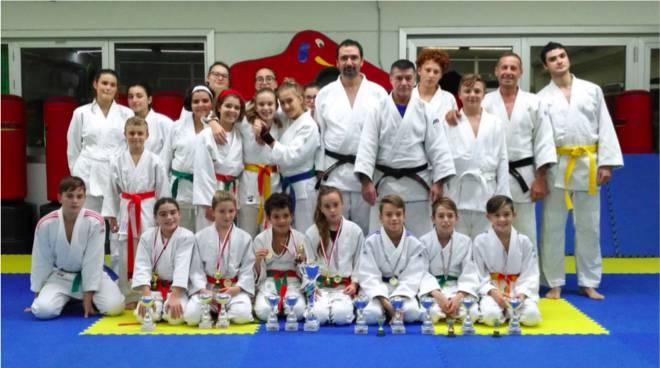 L 39 athlon seconda ai campionati regionali di judo - Judo bagno a ripoli ...