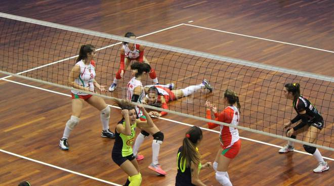Volley Grosseto, punto subito