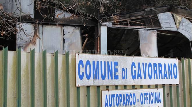 incendio autoparco Gavorrano