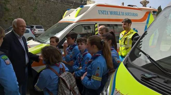 scout in visita alla Misericordia Manciano