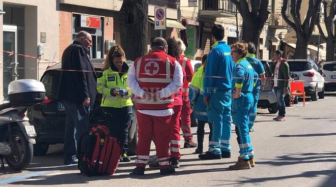 Spari in strada a Follonica: un morto. Preso il killer