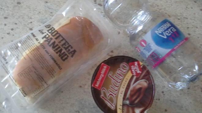 Pranzo picnic a mensa