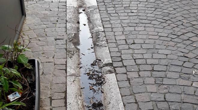 via roma ristagno acqua