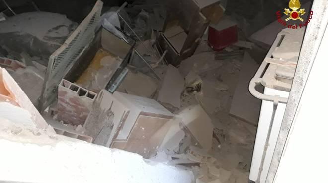 crollo casa