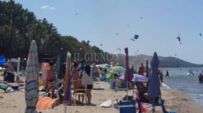 Tromba d\'aria nella spiaggia di Punta Ala