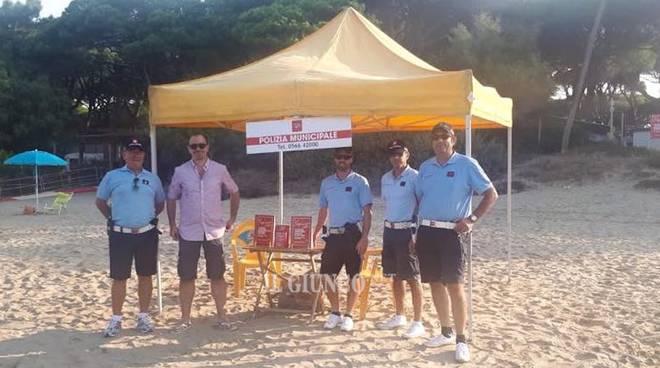 Postazione anti abusivi spiaggia di Levante