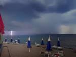Spiaggia Macchiatonda temporale