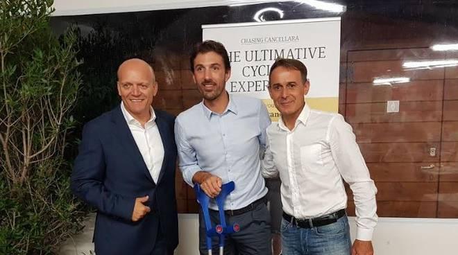 Fabian Cancellara con Lelli e Vasco Paulo