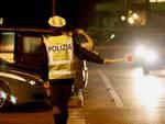 Polizia posto di blocco notte