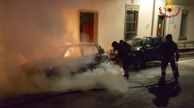 Auto a fuoco vvf