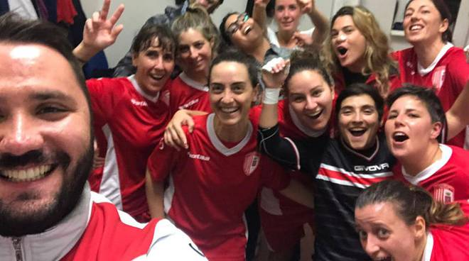 Esultanza Atlante Grosseto femminile post Florentia