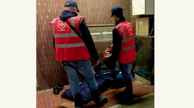 Ordine di Malta coperte a senzatetto