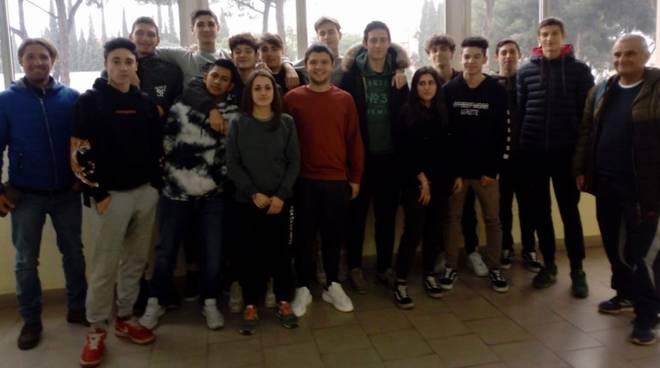 Studenti Fossombroni a progetto rafting e trekking