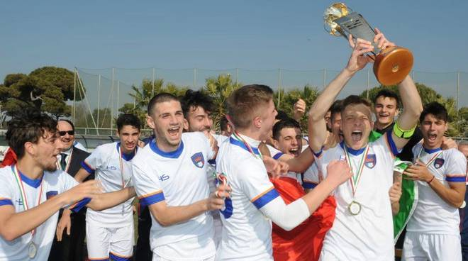 Davide Ferrante trofeo caput Mundi Italia Under 18