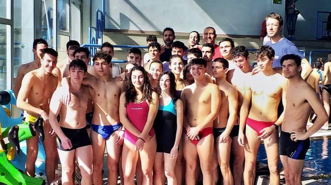 Studenti Manetti Porciatti esame bagnino sicurezza acqua