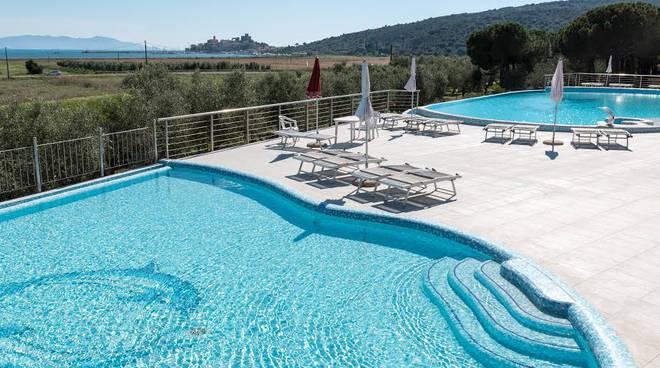 Talamone camping village piscine