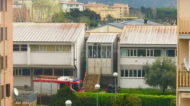 vigili tetto liceo Orbe mar19