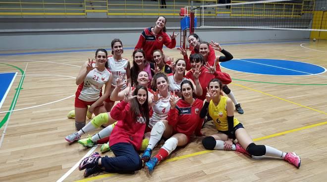Volley Vvf dopo vittoria Portoferraio