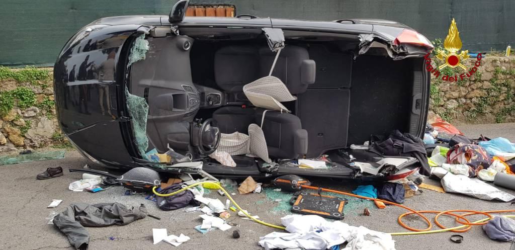 incidente stradale monte argentario 21 aprile 2019