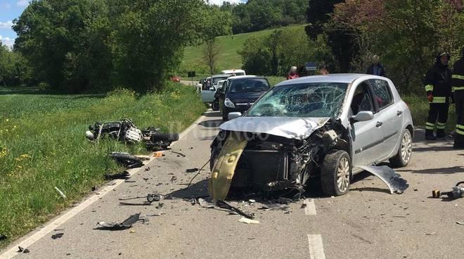 motociclista morto apr19 manciano