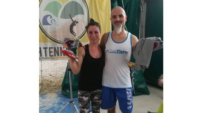 Palladino e Bernabini - torneo beach tennis