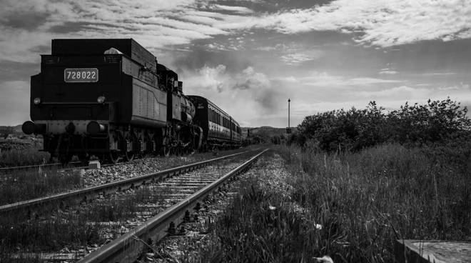 Treno natura a vapore