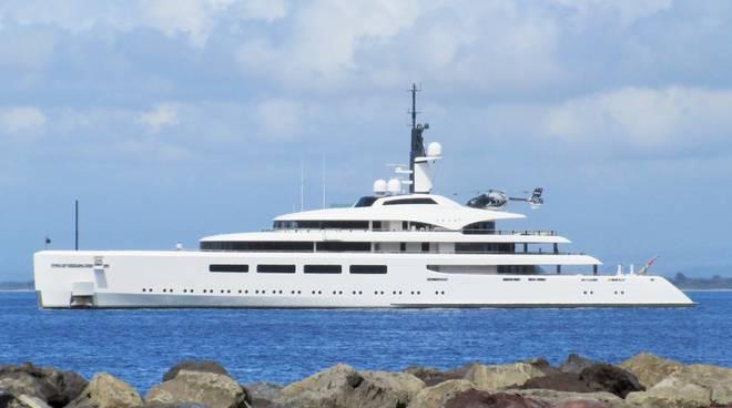 VavaII yacht Bertarelli