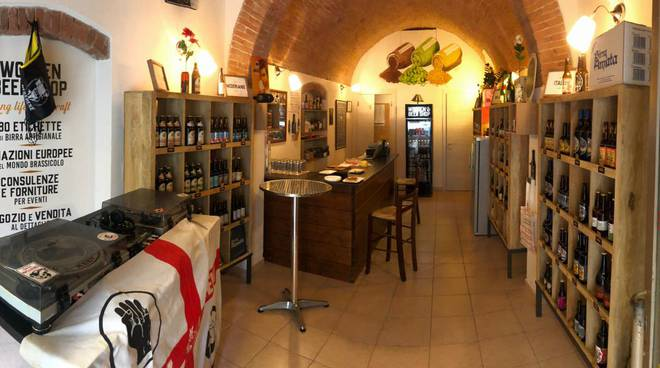 Wooden Beer Shop 2019