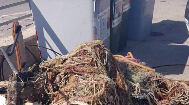 rifiuti pescherecci
