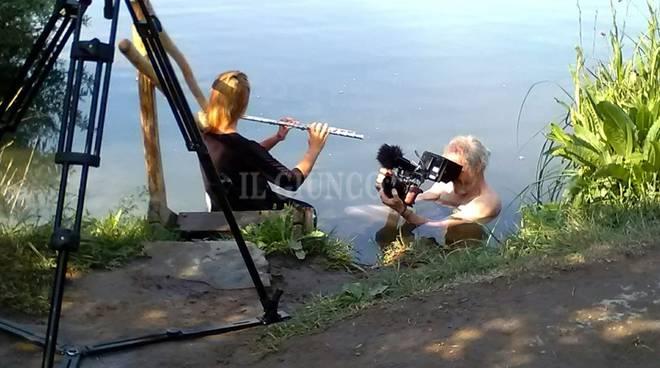 foto lago accesa