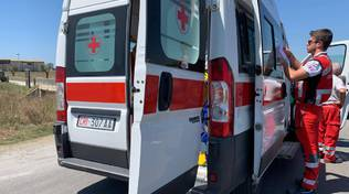 ambulanza cri croce rossa
