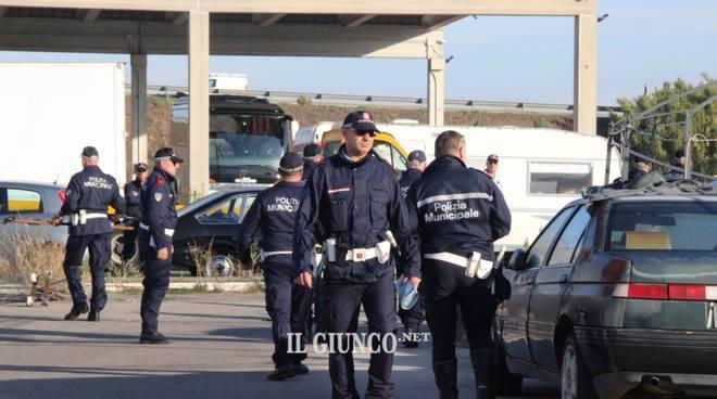 sito di incontri di squadra SWAT Velocità datazione Jeff panacloc