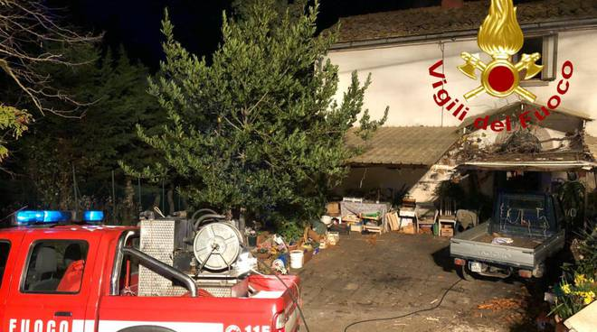 Appartamento A Fuoco Distrutta La Camera Da Letto Ilgiunco Net