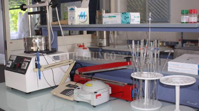 laboratorio provette