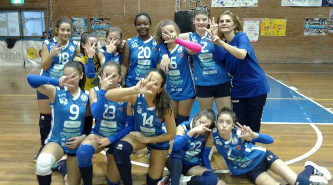 Pallavolo Follonica blu Under 14