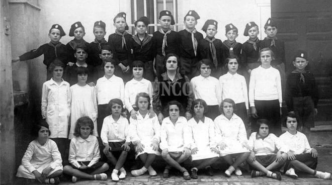 scuola classe fascista Maremma com'era