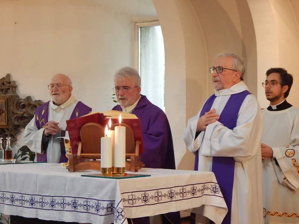 Vescovo benedice il Misericordia