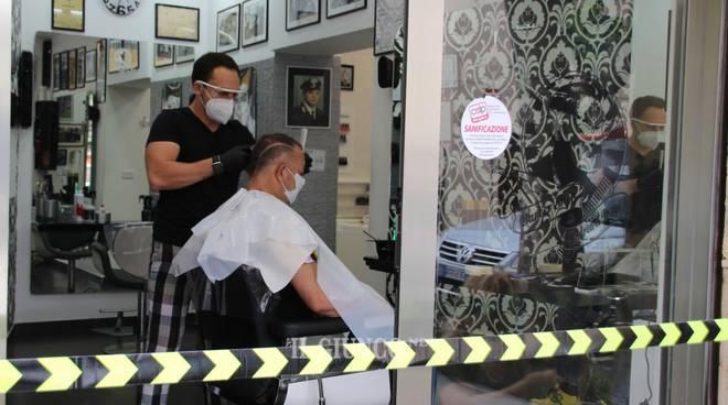 18 maggio: parrucchieri