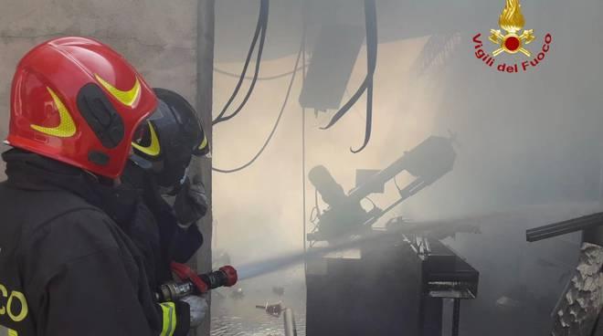 vvf incendio capannone