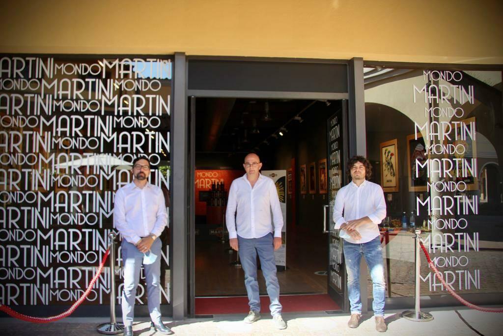 Mostra cartelloni pubblicitari Martini