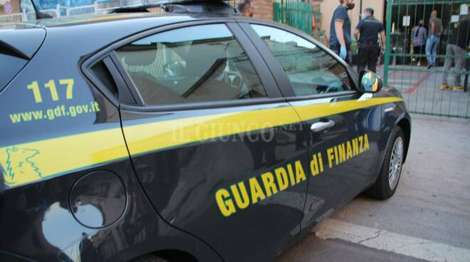 Sequestro Guardia di Finanza