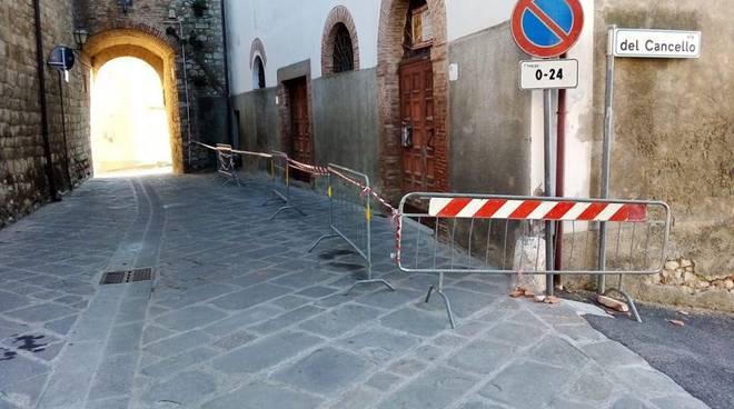 Transenne via Roma Giuncarico