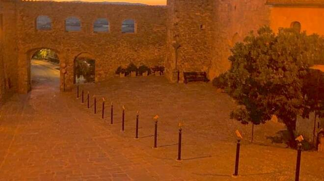 piazza san Giorgio Montemerano