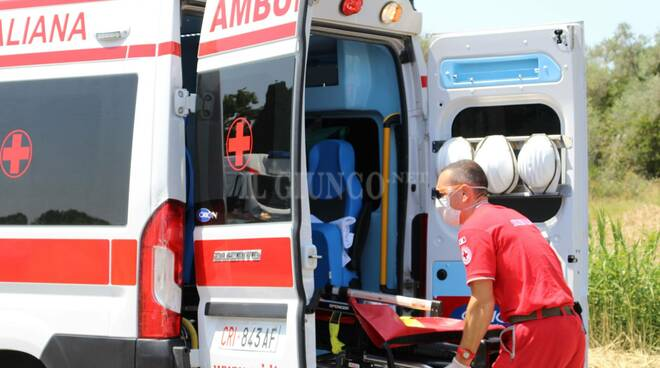 ambulanza croce rossa