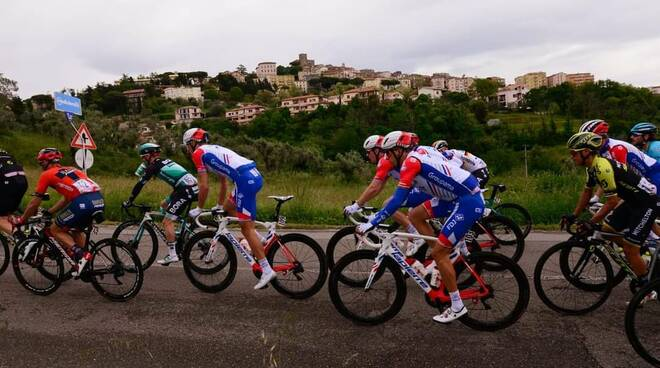 Ciclismo Tirreno Adriatico Manciano foto Tiziano Coli